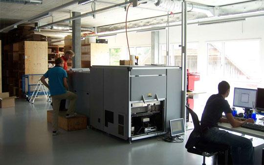 TIS-Mitarbeiter in Werkstatt